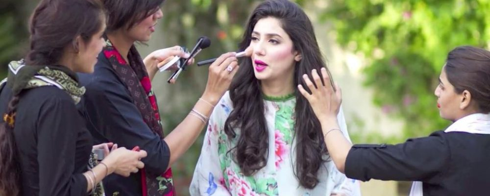 REASONS TO ATTEND HAIR AND MAKEUP CLASSES FROM HOMEWORK PAKISTAN