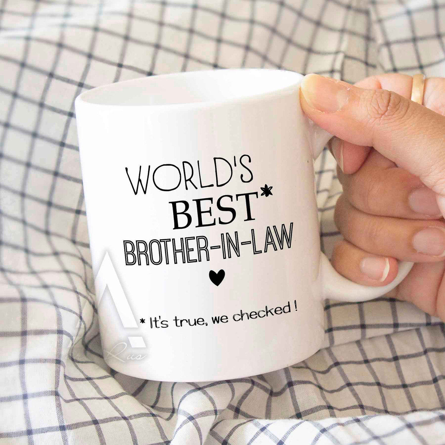 6 PRECIOUS GIFTS THAT CAN BE GIVEN TO BROTHER IN LAW